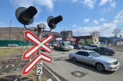 АНТИРЕЙТИНГ: топ-5 разрушенных железнодорожных переездов во Владивостоке
