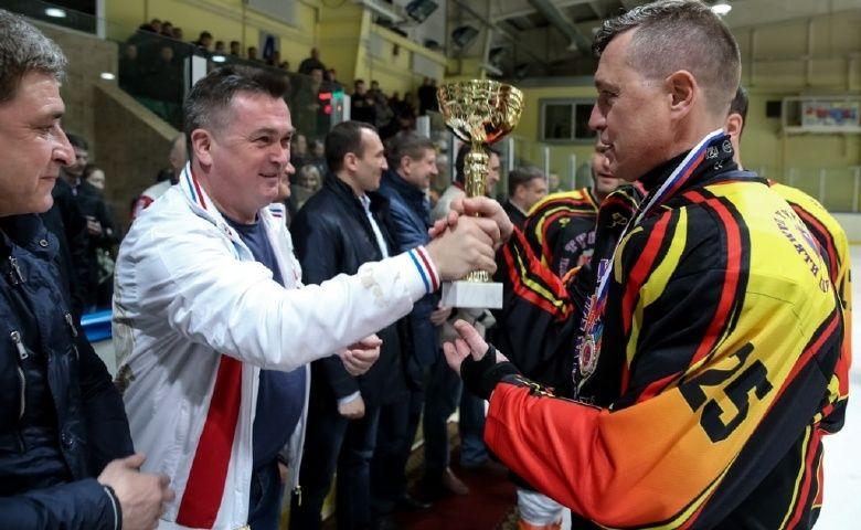 Сборная УФСБ России по Приморью выиграла хоккейный турнир