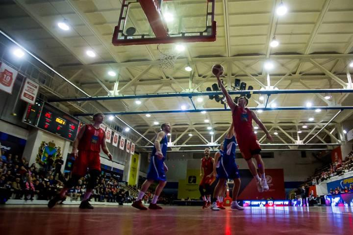 «Спартак-Приморье» одержал победу над «Новосибирском»
