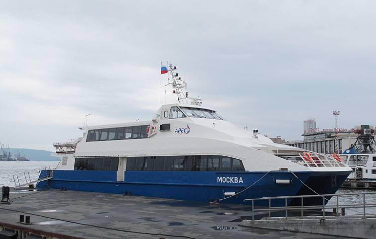 Теплоход «Москва» вновь вышел на линию Владивосток – остров Попова