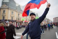 55 тысяч приморцев приняли участие в демонстрации в День весны и труда