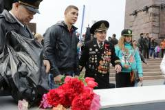 Волонтеры Победы проводят акции по всему Приморью