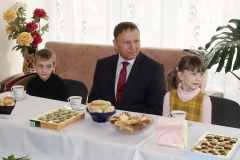 Спикер приморского парламента посетил детский реабилитационный центр в Лесозаводске