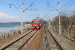 Движение автотранспорта временно ограничат на железнодорожных переездах Приморья