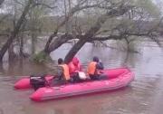 Спасатели организовали лодочную переправу у села Кроуновка