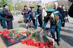 Таможенники и пограничники Приморья почтили память погибших героев Великой Отечественной войны
