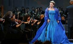 Во Владивостоке состоится творческая встреча с оперной дивой Марией Гулегиной