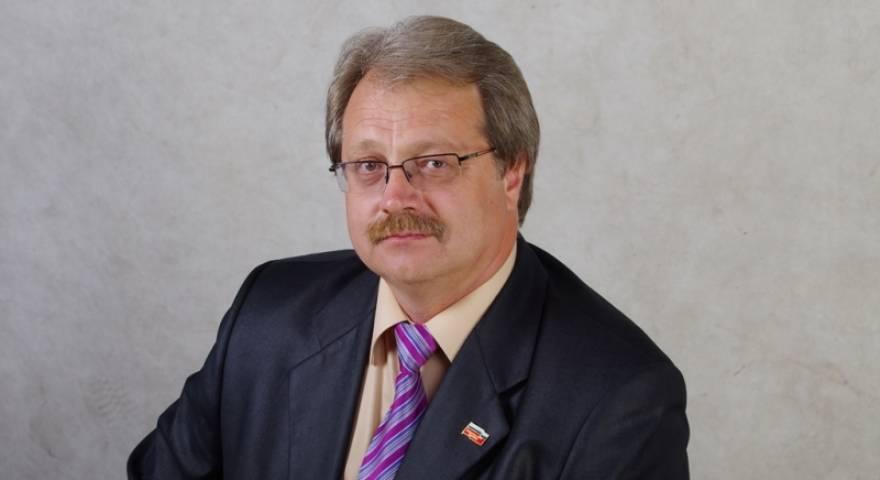 Экс-лидер приморских эсеров Константин Межонов покинул партию