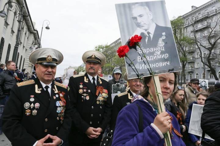 В шествии «Бессмертного полка» приняли участие более 50 тысяч приморцев