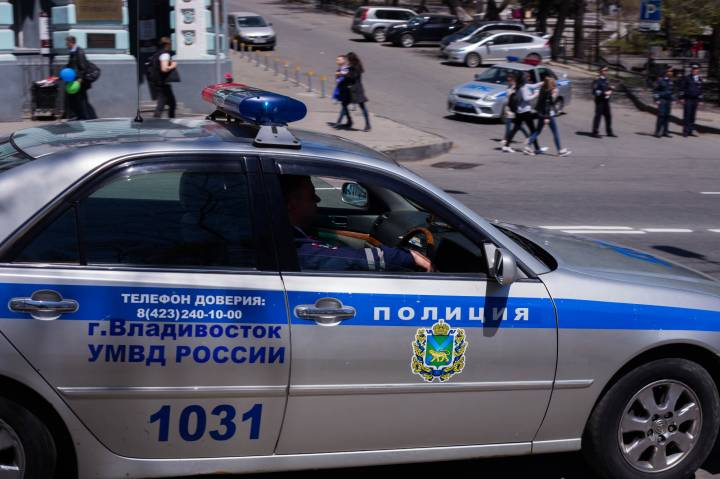 В Приморье полиция задержала подозреваемого в грабеже