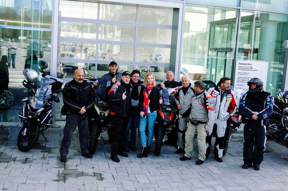 Мотоциклисты из Португалии отправились из Владивостока в Лиссабон