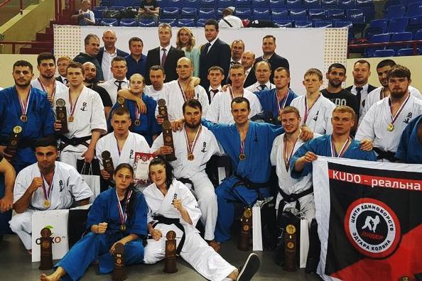 Кудоисты из Владивостока завоевали три золотые и одну бронзовую медали на Кубке России