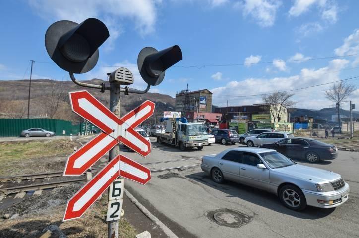 Движение автомобилей ограничат в пригороде Владивостока
