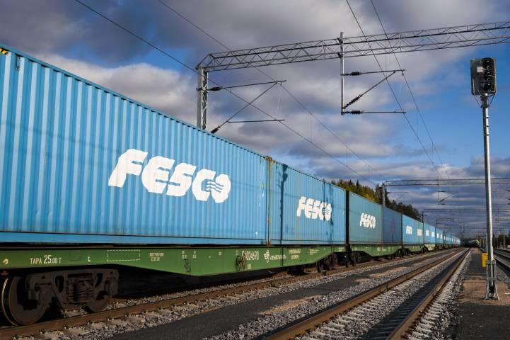 ВМТП принял первый регулярный контейнерный поезд FESCO из Екатеринбурга