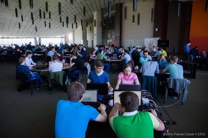 Во Владивосток съехались молодые хакеры со всего Дальнего Востока