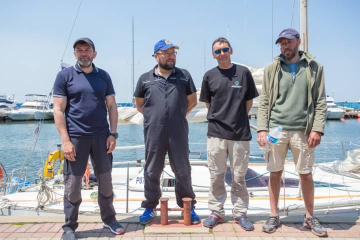 Экипаж яхты «Элфин»: Мы думали, что уже не выберемся