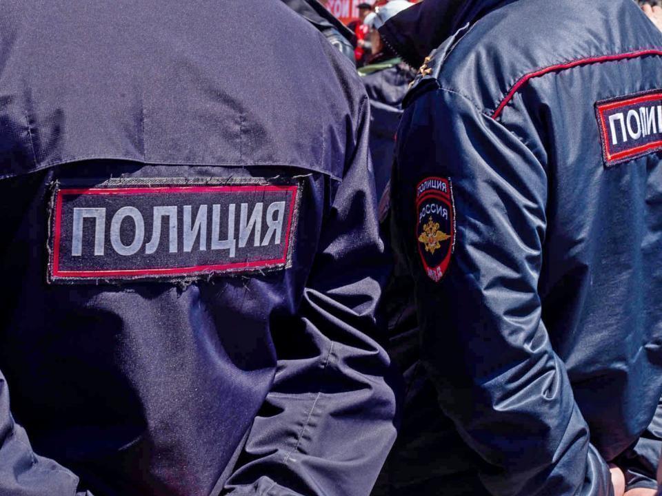 Житель Приморья извинился за нецензурную брань в адрес сотрудников полиции