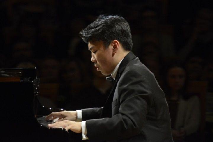 На Приморской сцене Мариинки выступит легендарный американский пианист