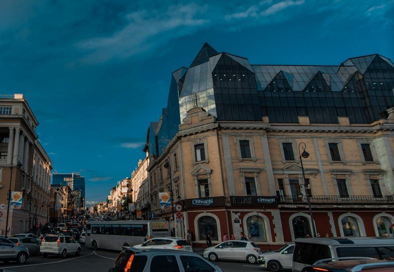 Популярный во Владивостоке торговый центр попал в антирейтинг московского блогера