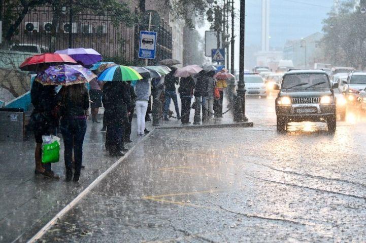 Во Владивостоке начался длительный период дождей