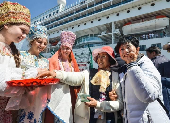 Владивосток ожидает прибытие круизного лайнера Costa NeoRomantica