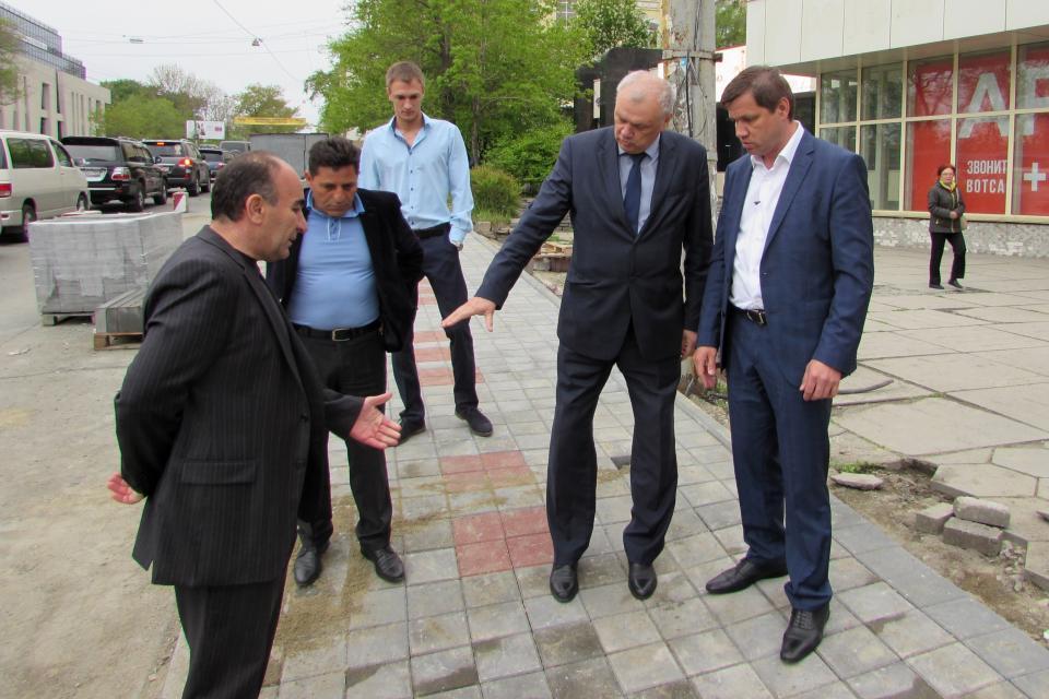Мэр Владивостока недоволен работами на Светланской