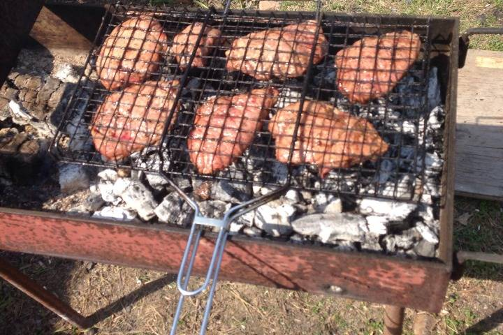 Приморский предприниматель торговал просроченным мясом