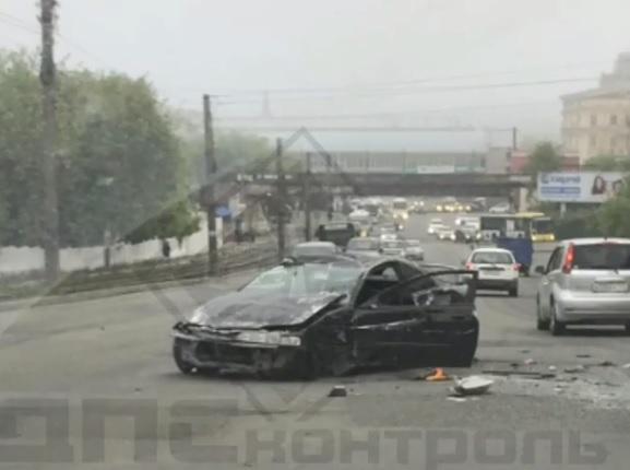 «Низко летают. К дождю»: жители Владивостока предсказывают погоду по ДТП