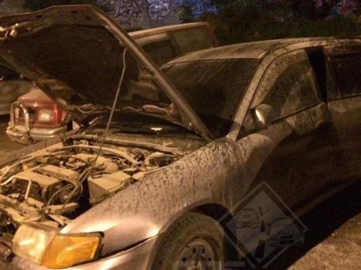 Во Владивостоке сгорели две иномарки