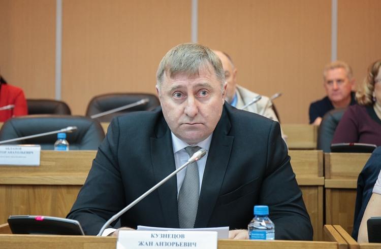 Директор департамента спорта Приморского края покидает свой пост