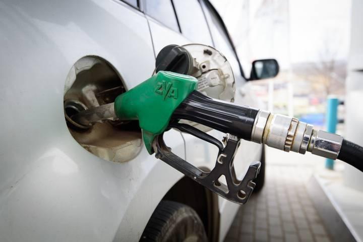Бензин по 13 рублей за литр нашли во Владивостоке