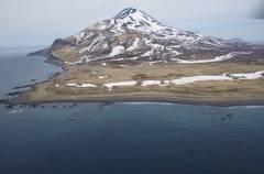 Ученые из Владивостока отправились в экспедицию на остров Матуа