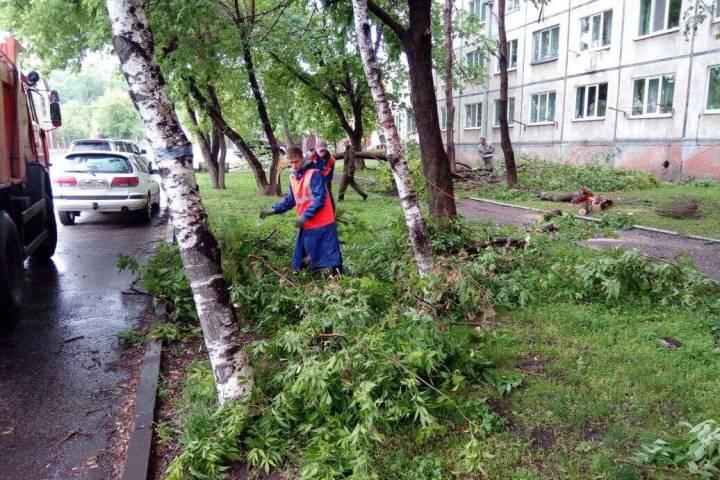 Электроснабжение восстанавливается в Уссурийском городском округе