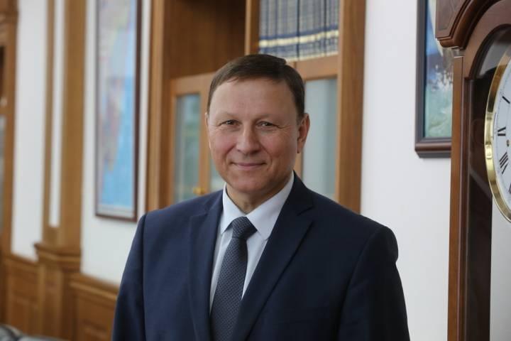 Председатель краевого парламента поздравил приморцев с Днем России