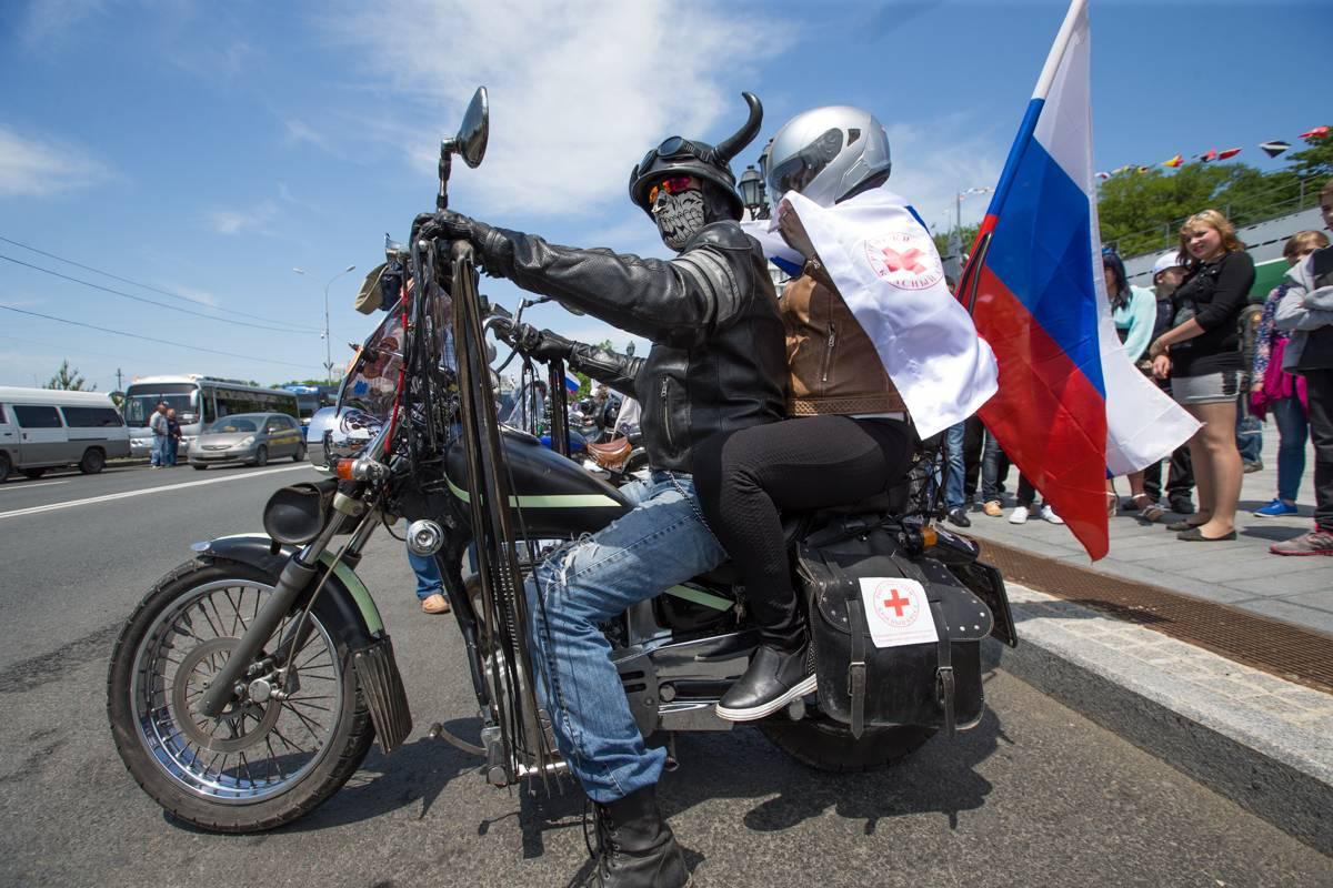Владивостокские байкеры отпраздновали День России