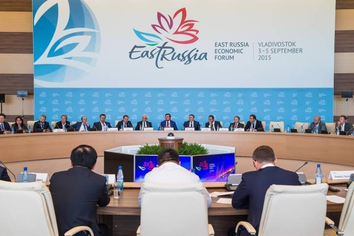 Трутнев: «Высокий статус гостей ВЭФ говорит о мировых экономических трендах»