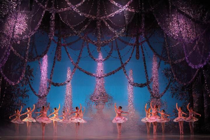 На Приморской сцене Мариинки отметят 100-летие первых гастролей русского балета в Японии