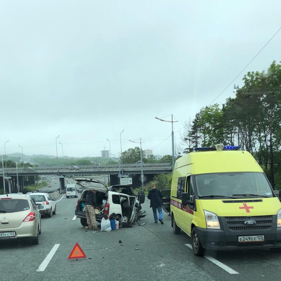 В пригороде Владивостока произошли две серьезные аварии