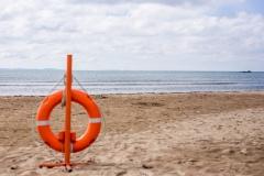 Во Владивостоке пресекли деятельность предпринимателей, собирающих дань на популярном пляже