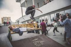 Олли, хардфлип и ноузграйнд: Международный день скейтбординга отмечают по всему миру