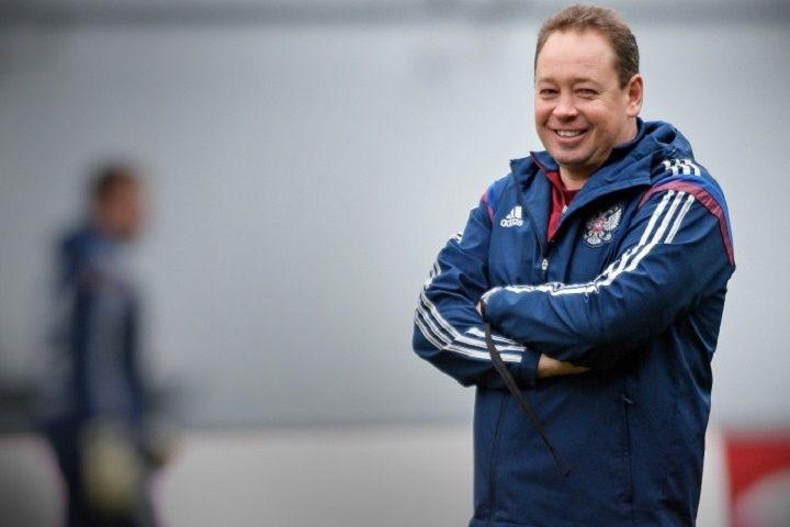 Леонид Слуцкий подал в отставку с поста главного тренера сборной России