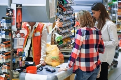 Жительница Владивостока приобрела в магазине творог с «сюрпризом»