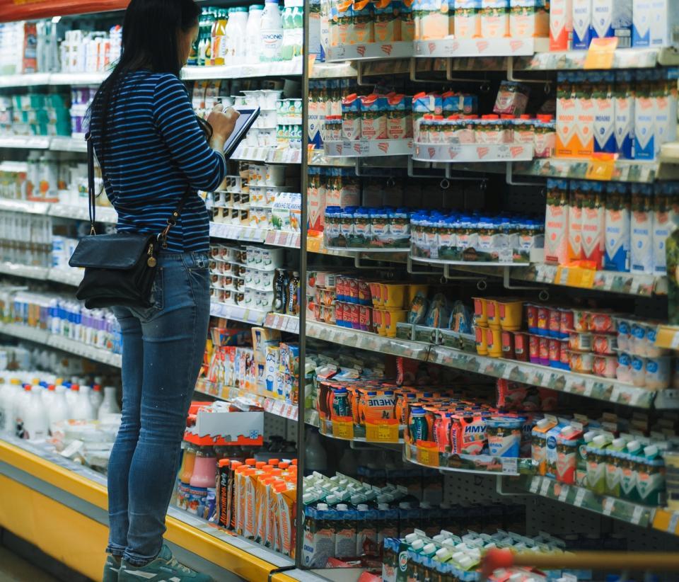 Приморские торговые сети снизили цены на молоко и молочную продукцию