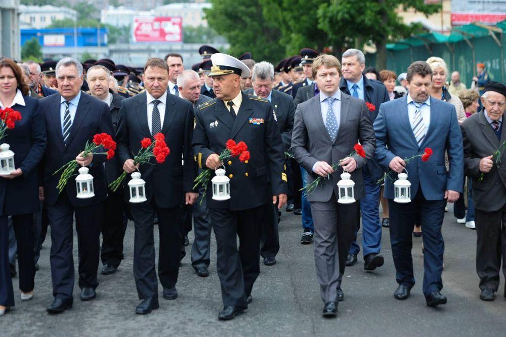 Свечи памяти зажгли во Владивостоке