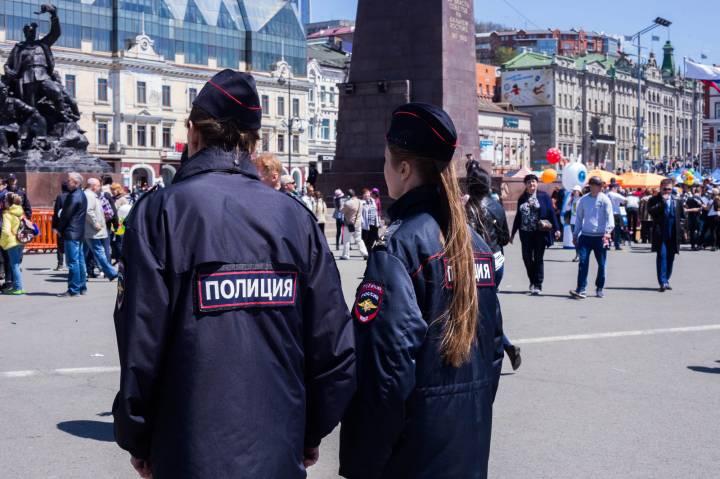 Четыре преступления за один день предотвратили сотрудники Росгвардии во Владивостоке