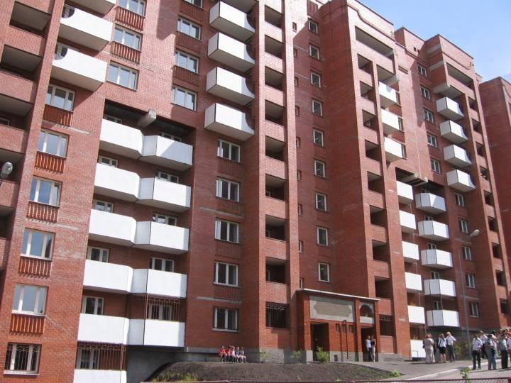 Жильцам дома во Владивостоке объявили, что их выселяют ради строительства ТРЦ