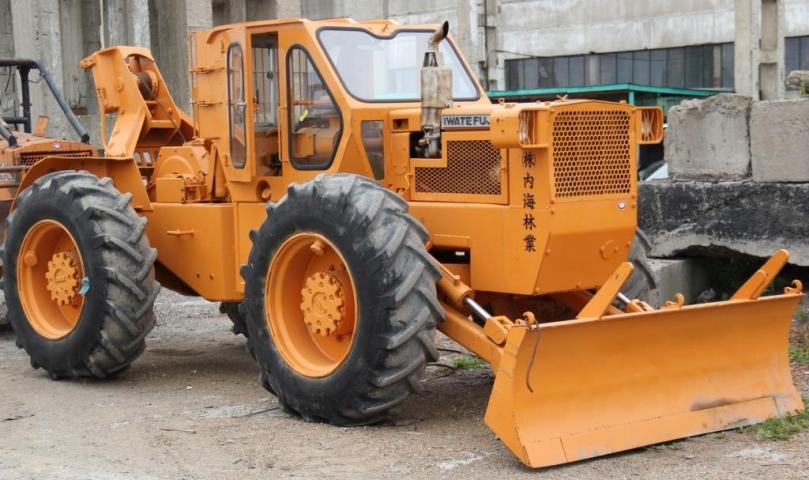 Радиационно опасный трактор прибыл в Приморье