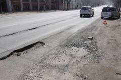 Автолюбители могут возместить ущерб, причиненный машине из-за ям на дорогах