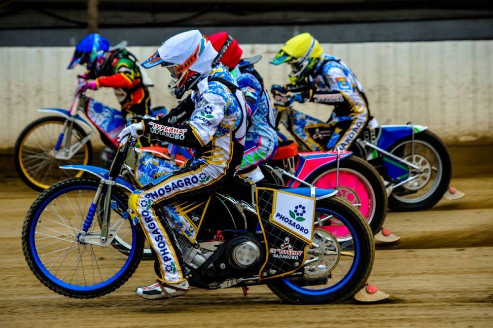 «Восток» выиграл третью гонку чемпионата России подряд