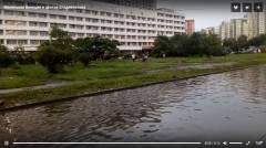 Субботний ливень превратил улицу Набережную во Владивостоке в маленькую Венецию